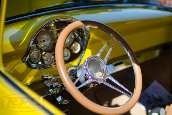 steering wheel yellow ford